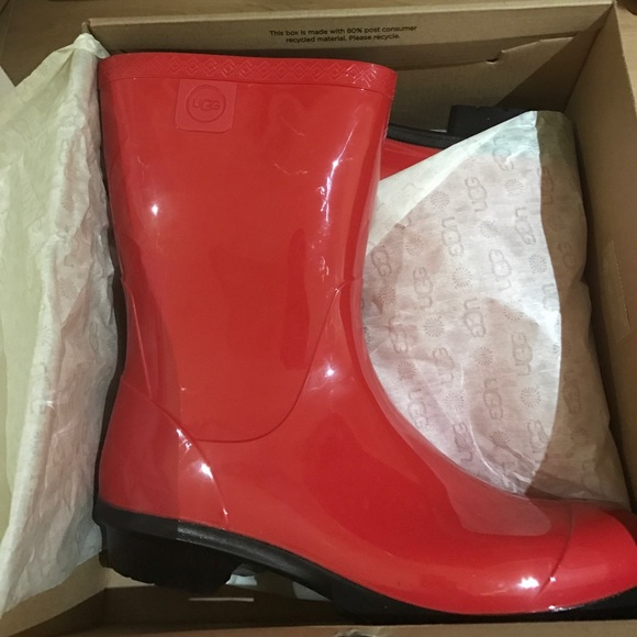 194ca4a4536 LAST ONE❤️UGG Sienna boots in tango red & gift nwt Boutique