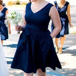 Beautiful navy dress!