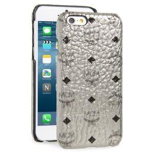 MCM Accessories - MCM Authentic Claus iPhone 6/6s Case