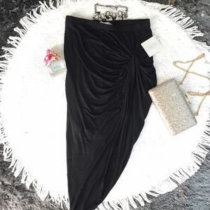 stella luce Dresses & Skirts - 🎀Bodycon Skirt🎀
