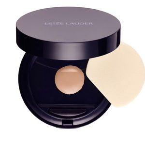 Estee Lauder Other - Estée Lauder double wear makeup to go Pebble