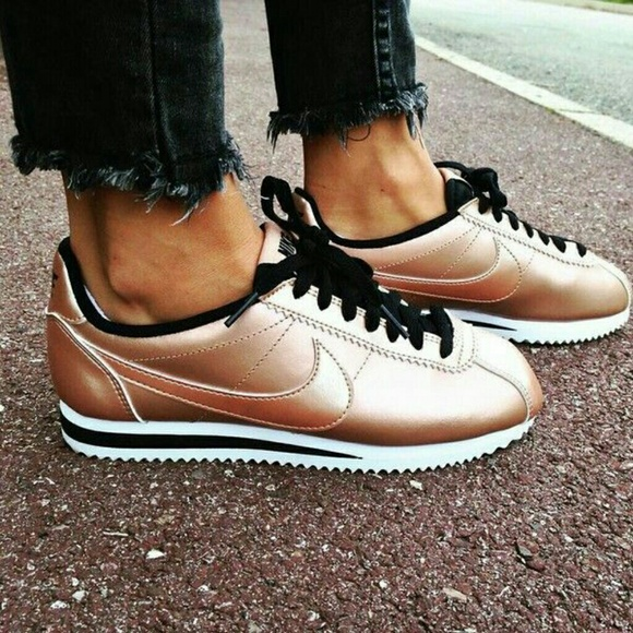 9050b3bca57ef Nike Classic Cortez Bronze Sneakers