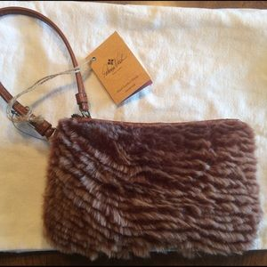Patricia Nash Handbags - New Patricia Nash Sherpa & Leather Wristlet bag.