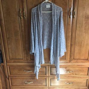 Sweaters - Gray open cardigan