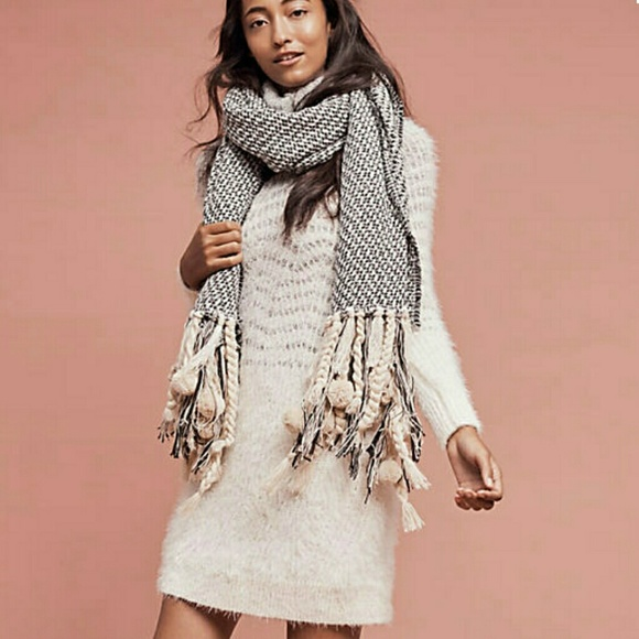 9dfc6871803 ANTHROPOLOGIE Eyelash Sweater Dress Lg NWT