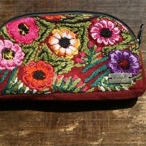 Ketzali Handbags - Beautiful Cosmetic Bag 💄💄
