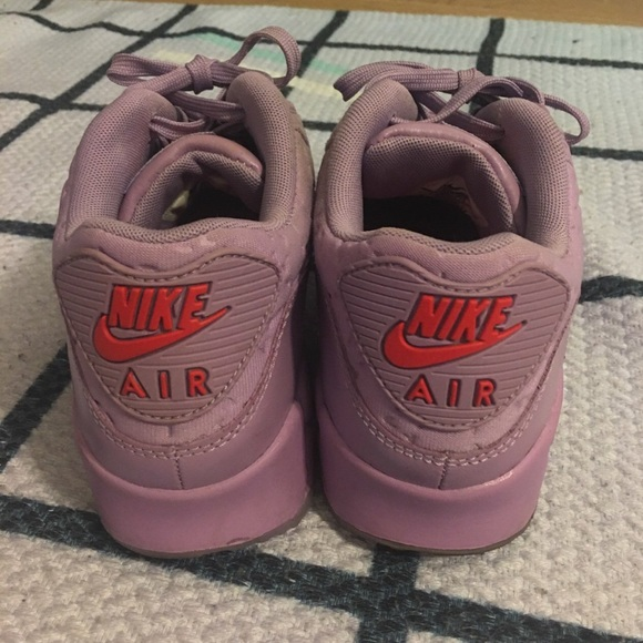 Nike Shoes - NIKE AIR MAX PARIS SZ 9 RARE