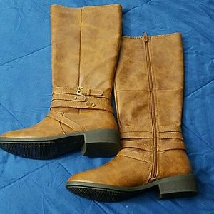 Shoes - NWT taupe/brown riding boots