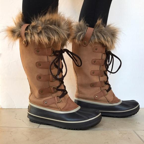 Esprit Winter Boots With Fur Trim