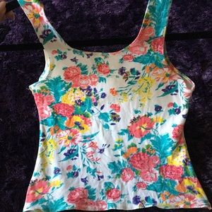 YES Tops - 🌸🌺🌻💐🌷🌹 Tank