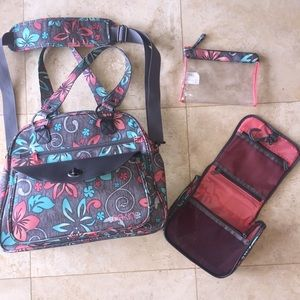 Dakine Handbags - Dakine Overnight Bag w/BONUS