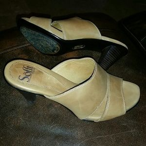 SOFFt Sandals....Leather