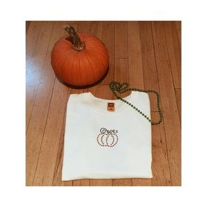 Tops - pumpkin tee🎃