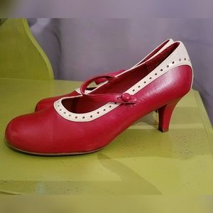 Anne Michelle Shoes - Sweet, little, red heels!!