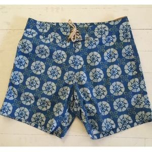 Faherty Other - Faherty Brors Blue Woodblock Board Short - 32 & 36