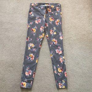 Zara Skinny Pants. NWOT size 8