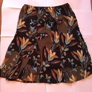 Simple French Dresses & Skirts - NWOT Flower Print Skirt Size XL