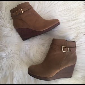 H&M Shoes - H&M Size 37 Boot Wedges