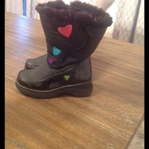 Totes Other - Cute girls snow boots