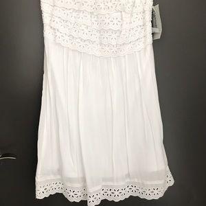 Dresses & Skirts - Snow White strapless dress