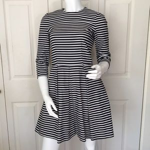 Gap navy and white striped dress size 0