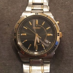 Seiko Other - Seiko Automatic Watch in Stainless Steel