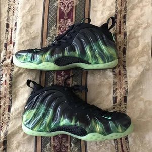 Nike Other - Nike foamposite size 12 paranorman
