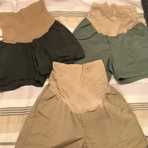 Old Navy Pants - Lot of 3 pair maternity shorts sz 2/small