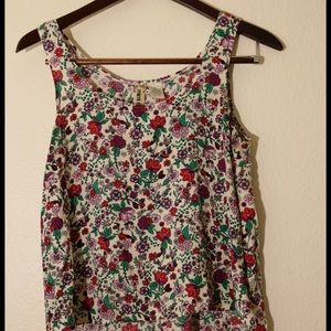 Tops - Floral tank top