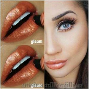 LA Girl Other - 🎀 Glazed Lip Paint - Gleam