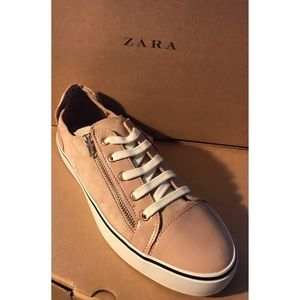🆕Zara /Stradivarius Collection Sneakers
