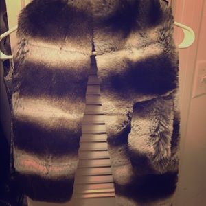 Accessories - Faux Chinchilla Fur Stole