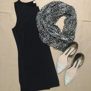 NWOT Black & Silver Woven Infinity Scarf