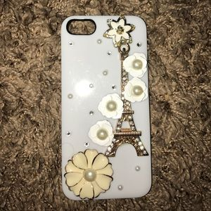 Accessories - White Eiffel Tower IPhone 5/5s case