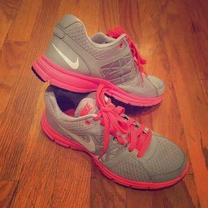 Nike Shoes - Nike Gymshoes Size 7