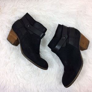 DV by DOLCE VITA black jaxen ankle boots