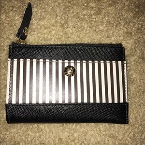 henri bendel Handbags - HENRI BENDEL CARD HOLDER
