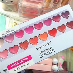 Sealed brand new lip pallet by wet n wild limited