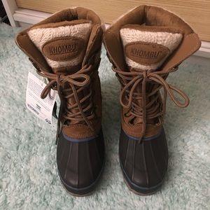 Khombu Shoes - NWT Khombu Snow boots, Size 5