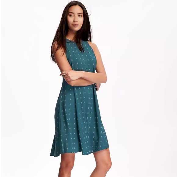 f03916647f0 Old Navy green high neck swing dress. M 58b28815c6c7955c1505a45c