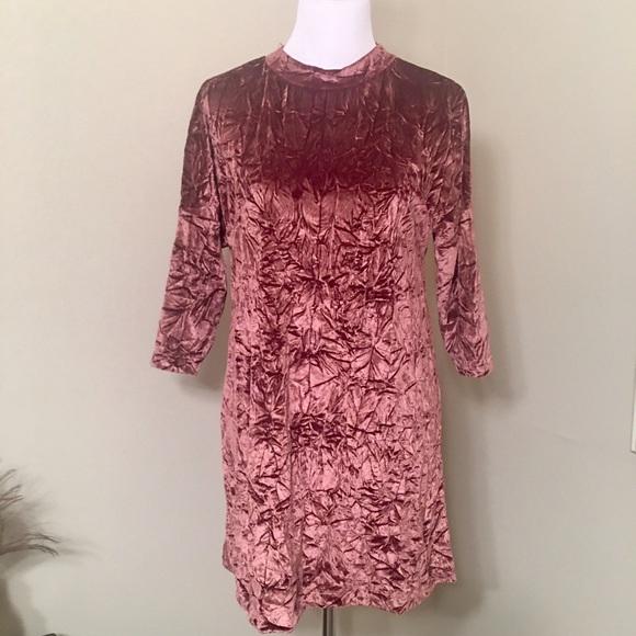 9609b4465b Zara Pink Crushed Velvet Dress. M 58b28906c28456f78305b22a