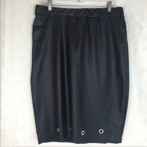 Topia Dresses & Skirts - Black leather-look skirt B014