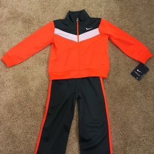 Nike Other - NEW nike 2 piece outfit boys 24months