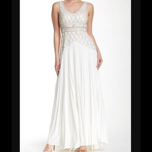 🆕 SUE WONG beaded pleated gown- rt $950 size 8
