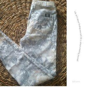 Buffalo Denim - BNWO Tags paisley designed Buffalo Skinny jeans