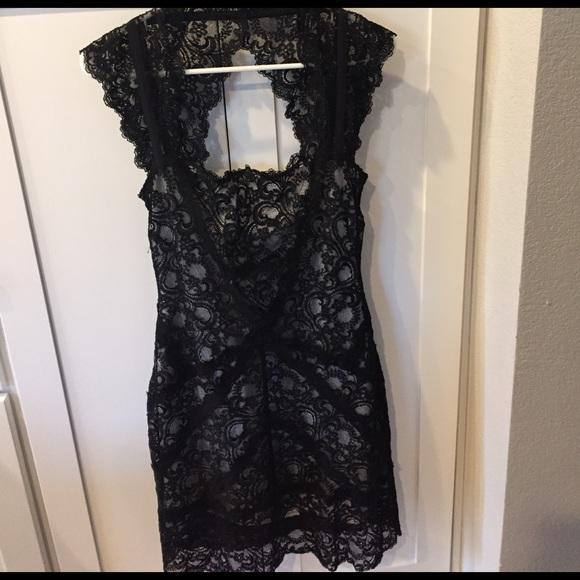 Nicole Miller Dresses & Skirts - Black lace dress