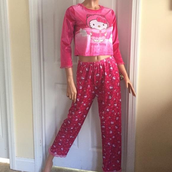 f13a58935 Hello Kitty Other - Hello kitty hot pink velvet girls pajamas XL cute