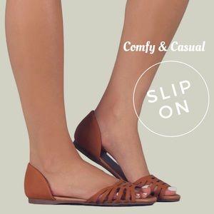 Open Toe Flat Tan Sandals