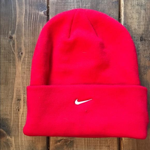 4c6c5557d58 Nike winter slouch hat. M 58b2ff237fab3ab01400743b