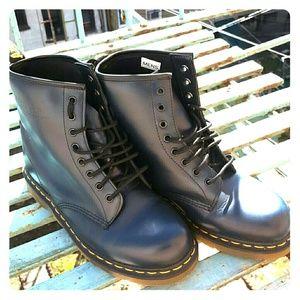 Dr. Martens Shoes - Dr. Martens Navy Blue US Mens sz 10
